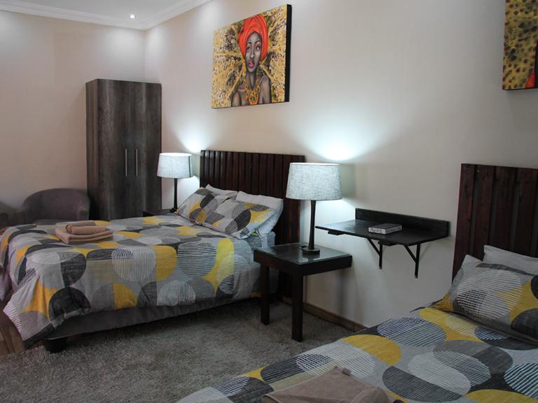 accommodation-family-room-2