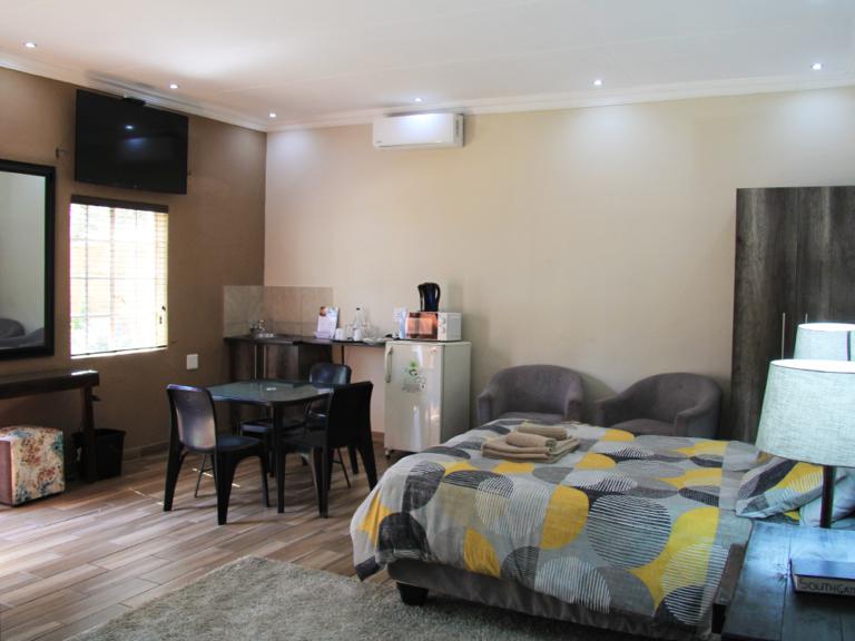 accommodation-family-room-4